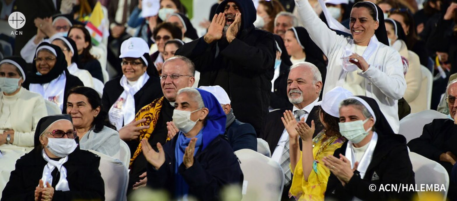 Iraq 07/03/2021 - The joyful crowd during the Pope Francis's visit to Erbil in the Franso Hariri Stadium.