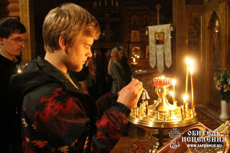 Both Catholic and Orthodox churches in Russia through dialogue have discovered one common preoccupation.  The desire to help suffering addicts.  One man, Fr. Sergij Belkov, has developed a tried and true method in Sapjornoe that many others are adopting.  His success rate with addicts is so great that extensions are now needed on the Orthodox rehabilitation centre to house all those in need, programs and much more. ACN has been supporting this excellent initiative right from the start.  Read more about it in our Project of the Week.